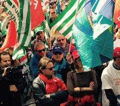 Manifestazione unitaria dei sindacati (foto archivio)