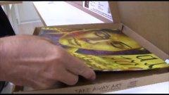 Milano, quadri come pizze: l'arte si porta via in un cartone