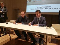 Il sindaco di Benevento Clemente Mastella con Roberto Reggi, direttore Agenzia del Demanio