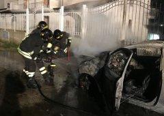 Incendio auto Valle Caudina (FOTO REPERTORIO)