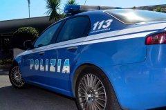 Pattuglia della Squadra Volante della Polizia