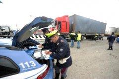 Controlli della Polizia Stradale ai mezzi pesanti