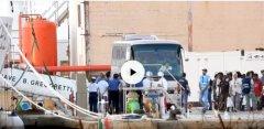 Nave Gregoretti bloccata ad Augusta con 116 migranti