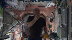 Scienza. Iss: astronauti o giocolieri? Il video dell'Agenzia Spaziale Russa