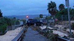 Maltempo. Sicilia: frane sui binari, danni e allagamenti a Scordia