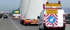La Polstrada ferma autista in stato di ebrezza e due in contromano