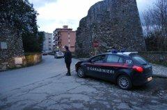 Carabinieri in via Torre della Catena