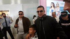 Il cantautore Daddy Yankee al suo arrivo a Napoli