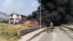 Incendio deposito pneumatici