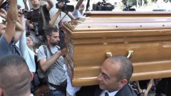 Funerali Bud Spencer, la bara accompagnata da Dune Buggy
