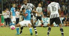 Calcio: Napoli - Juve
