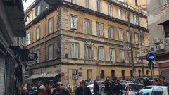 Napoli. Spari in via Annunziata, i rilievi della polizia