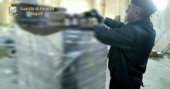 Napoli. Sequestrate 23 tonnellate di generi alimentari in un deposito abusivo