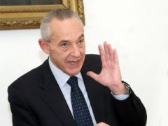 Il sottosegretario Umberto Del Basso De Caro
