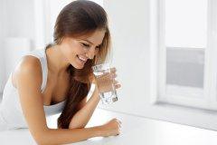 L'acqua, un'alleata per tutte le donne