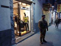 Napoli. Esercito impegnato come forza di Polizia
