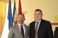 Il presidente della Provincia Antonio Di Maria con il Questore di Benevento Giuseppe Bellassai