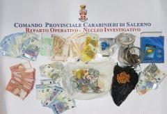 Droga e contanti sequestrati dai Carabinieri di Salerno