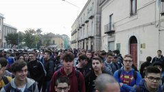Studenti industriale protesta