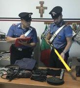 Paupisi.  Sequestro materiale a pregiudicati baresi da parte dei Carabinieri