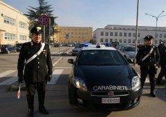 Benevento. Pattuglia dei Carabinieri in Piazza Risorgimento