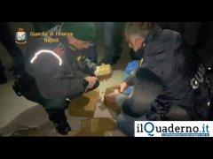 Sequestrati 850 kg di hashish nascosti in un carico di arance