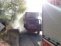 Camion in fiamme a S. Agata