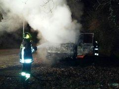 Furgone in fiamme Arpaise