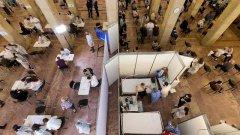 Oms: via libera al vaccino cinese Sinopharm