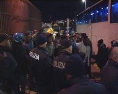 Benevento. Migranti in Questura