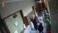Milano. Rapine violente agli anziani riprese dalle telecamere