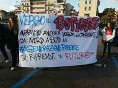 #GenerazioneRibelle, studenti manifestano anticipando la marcia del 13 ottobre