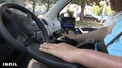 Non puo' usare gambe e braccio, ma torna alla guida: il miracolo del veicolo Inail