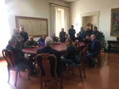 A Palazzo Mosti una delegazione di lavoratori ex Russo, Site e Despar